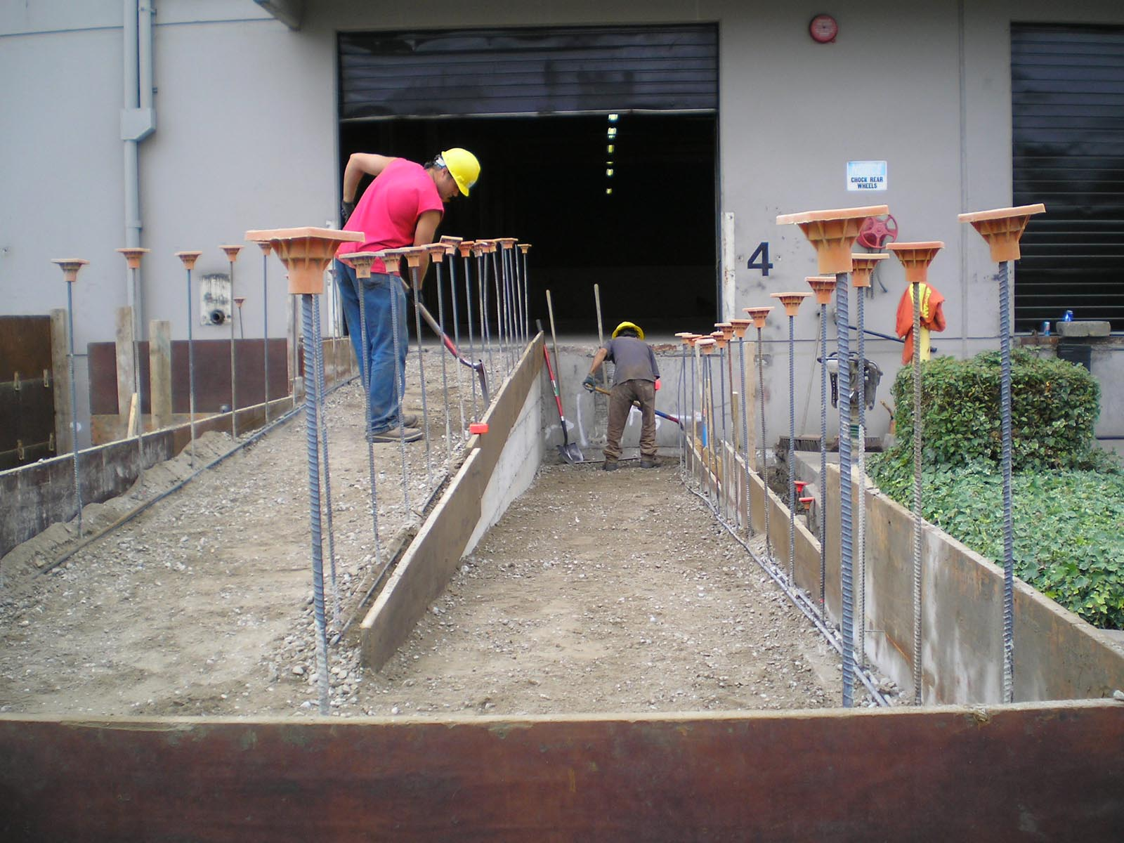 metropolitan contracting team finishing entry ramp